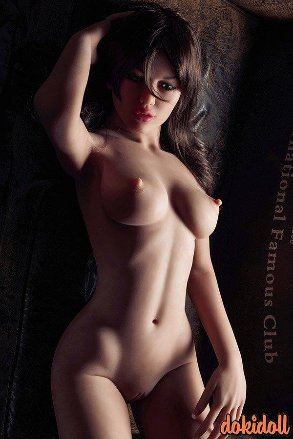 small breast sex doll