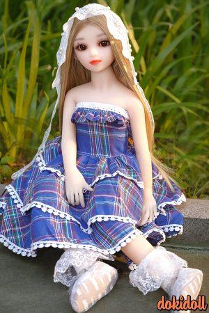 Sweet Blonde Doll Aiko