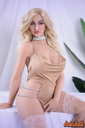 161cm (5ft3″) Lifelike Curvy Sex Doll– Summer