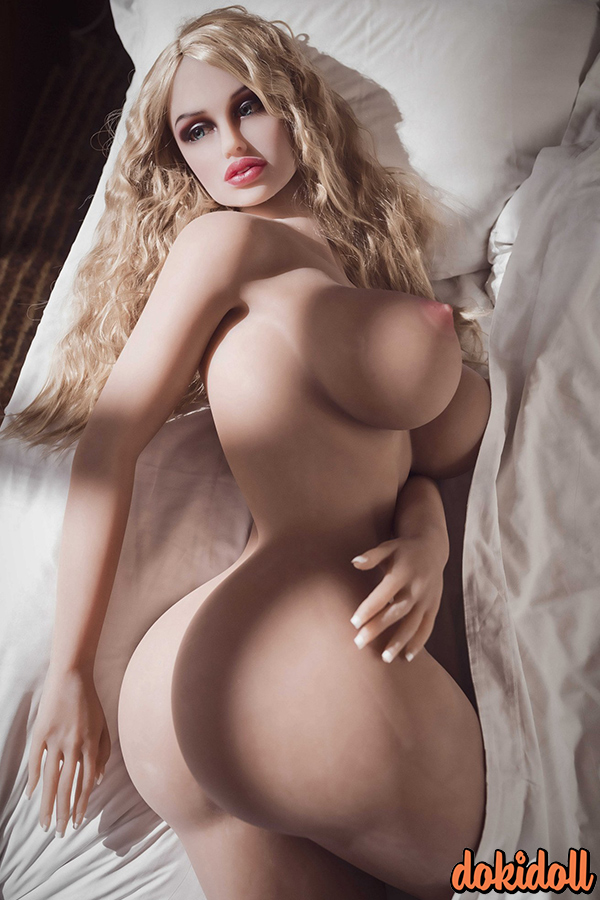 163cm (5ft3″) Realistic European Chubby Sex Doll– Blakely
