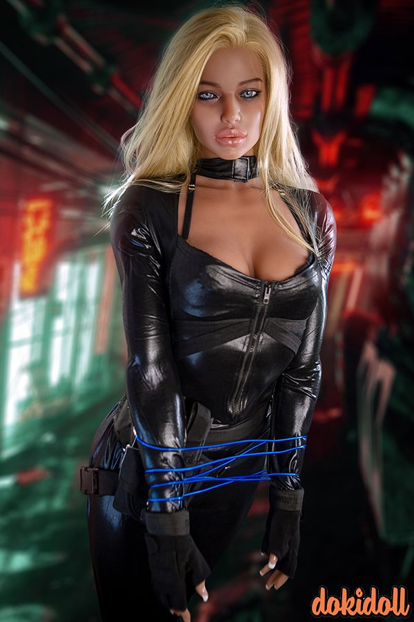 European Muscle Sex Doll with Silicone Head – Emersyn