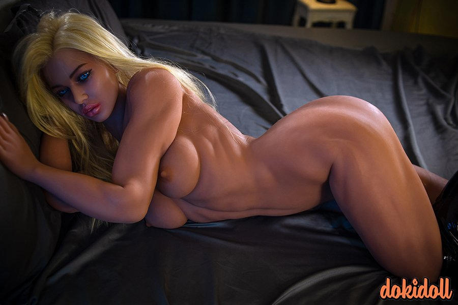 European Muscle Sex Doll with Silicone Head – Emersyn (17)